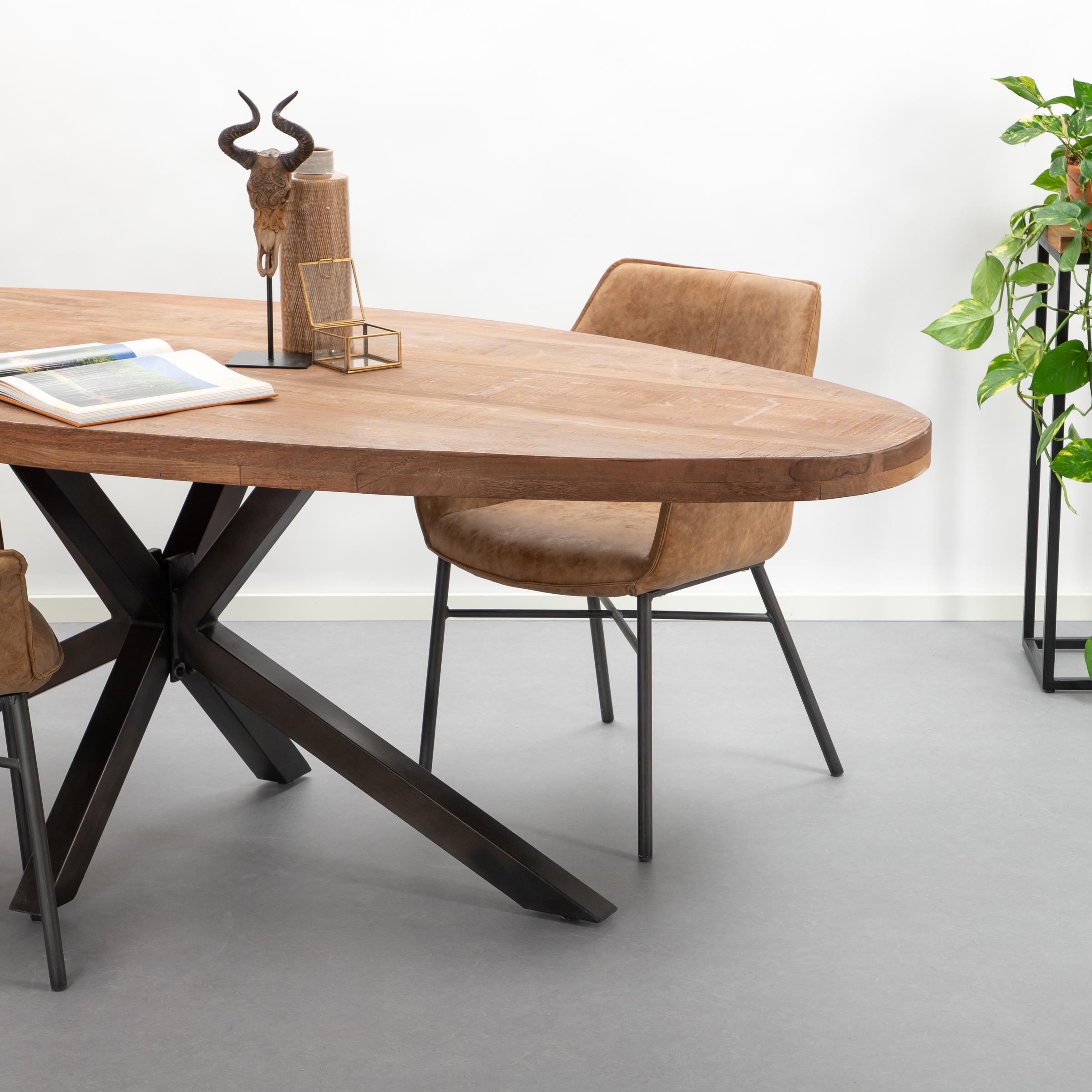 Eleonora Ovale Eettafel 'Mango Industrieel' 240 x 100cm