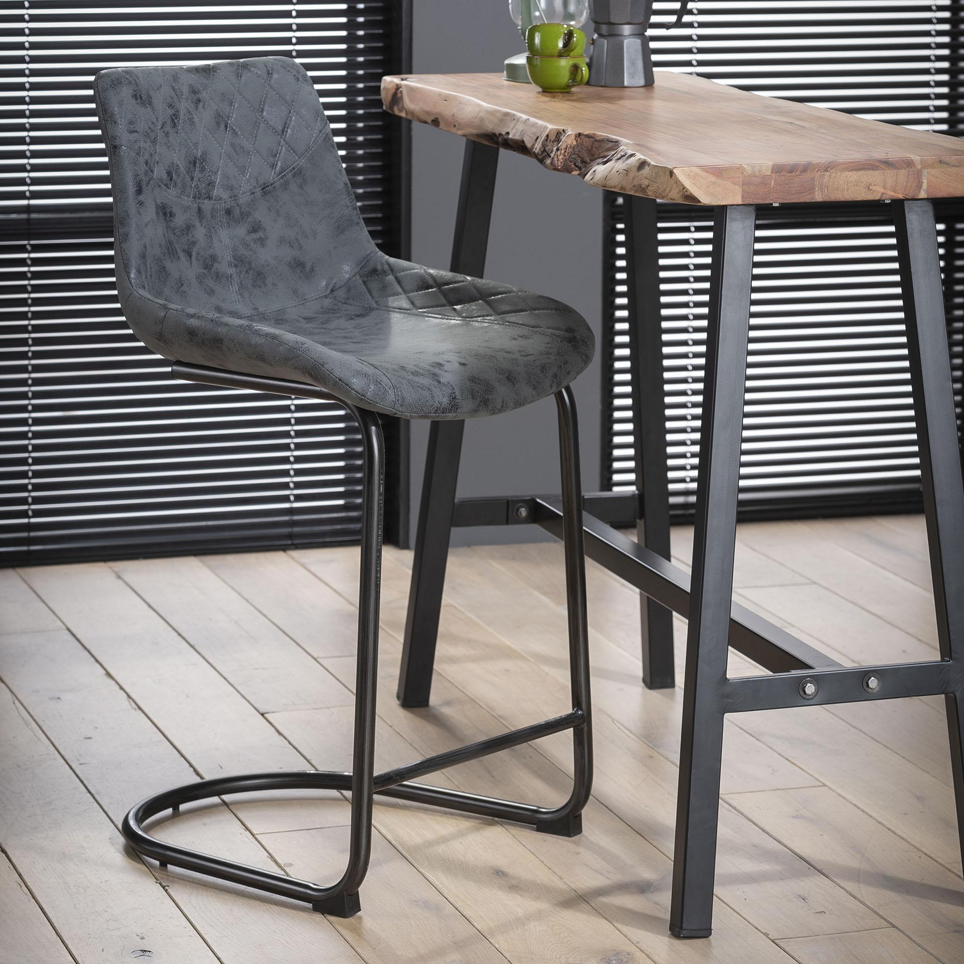 Barstoel 'Jean-Pierre' zithoogte 66cm, kleur zwart Root Catalog
