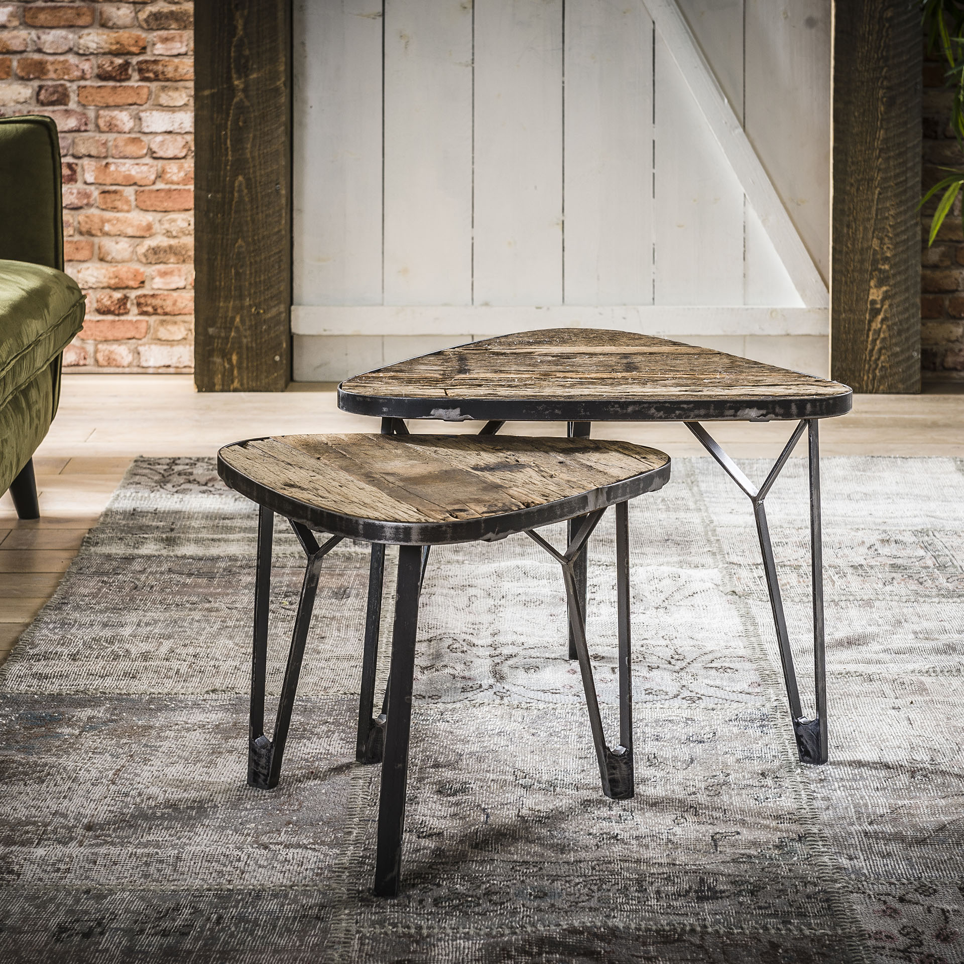 Uw partner in meubels: Salontafel 'Clarke' driehoek, Set van 2 stuks Tafels | Salontafels