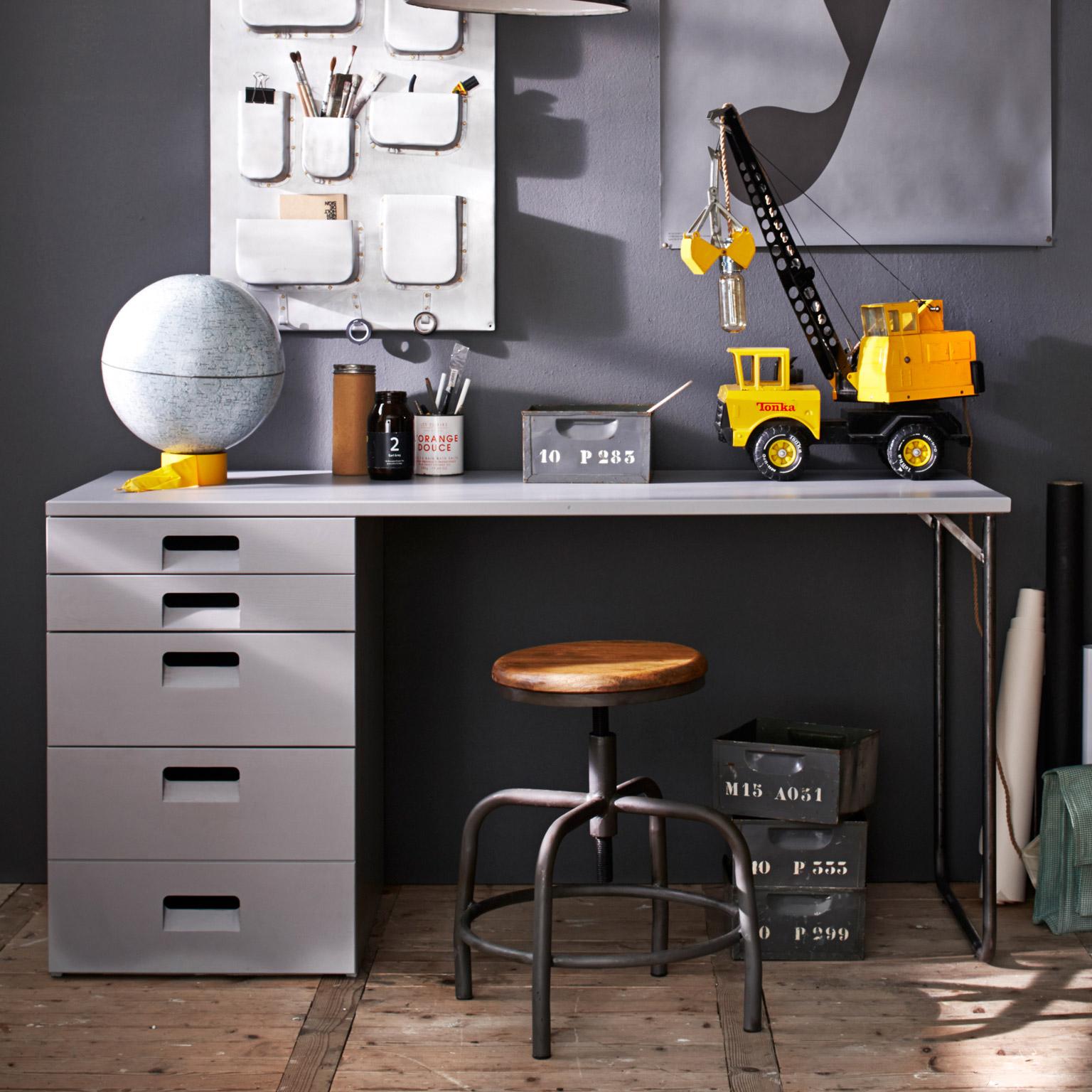 vtwonen Bureau 'Store', kleur Betongrijs met voordeel snel in huis via Meubel Partner