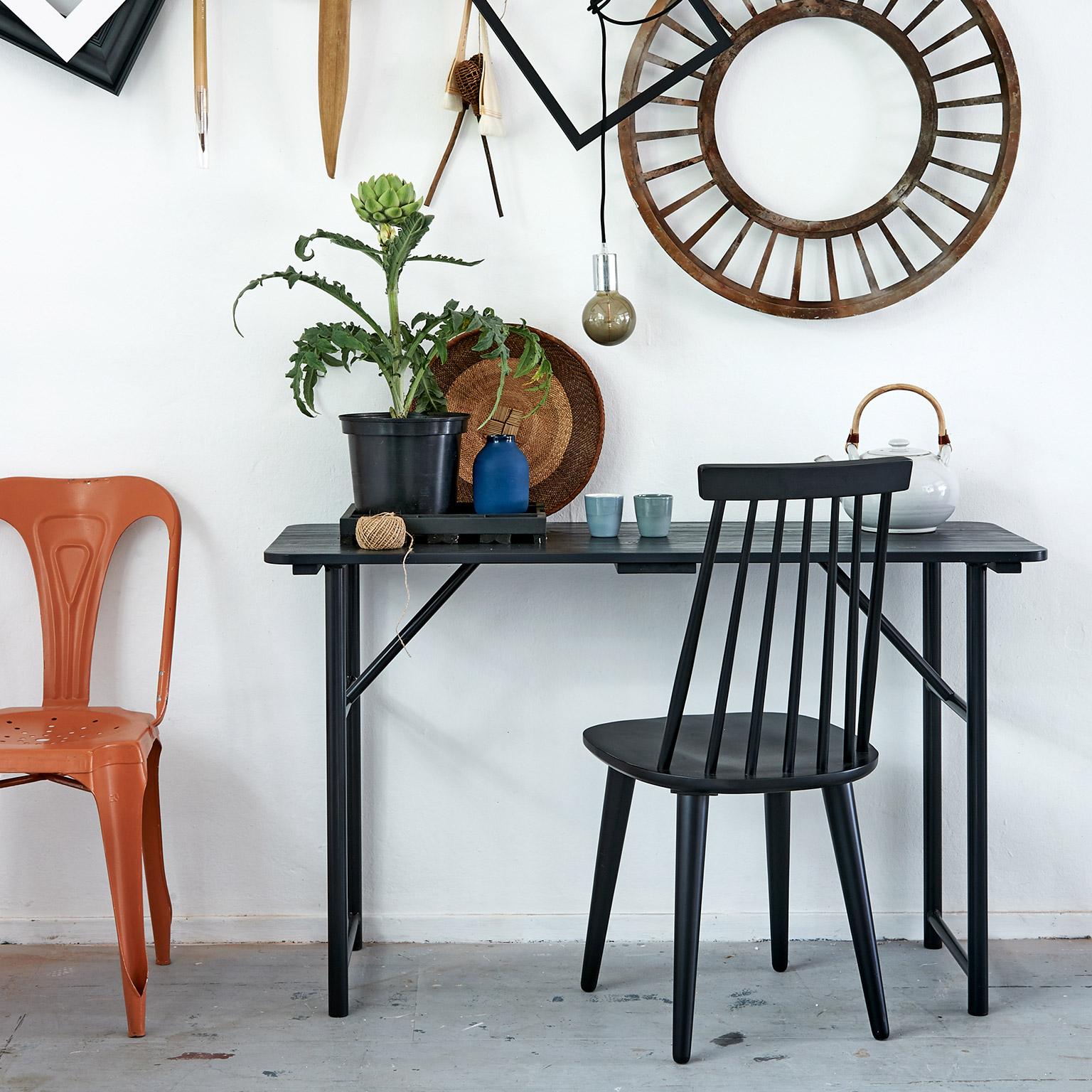 vtwonen Side-table 'Board' 125cm, kleur zwart met voordeel snel in huis via Meubel Partner